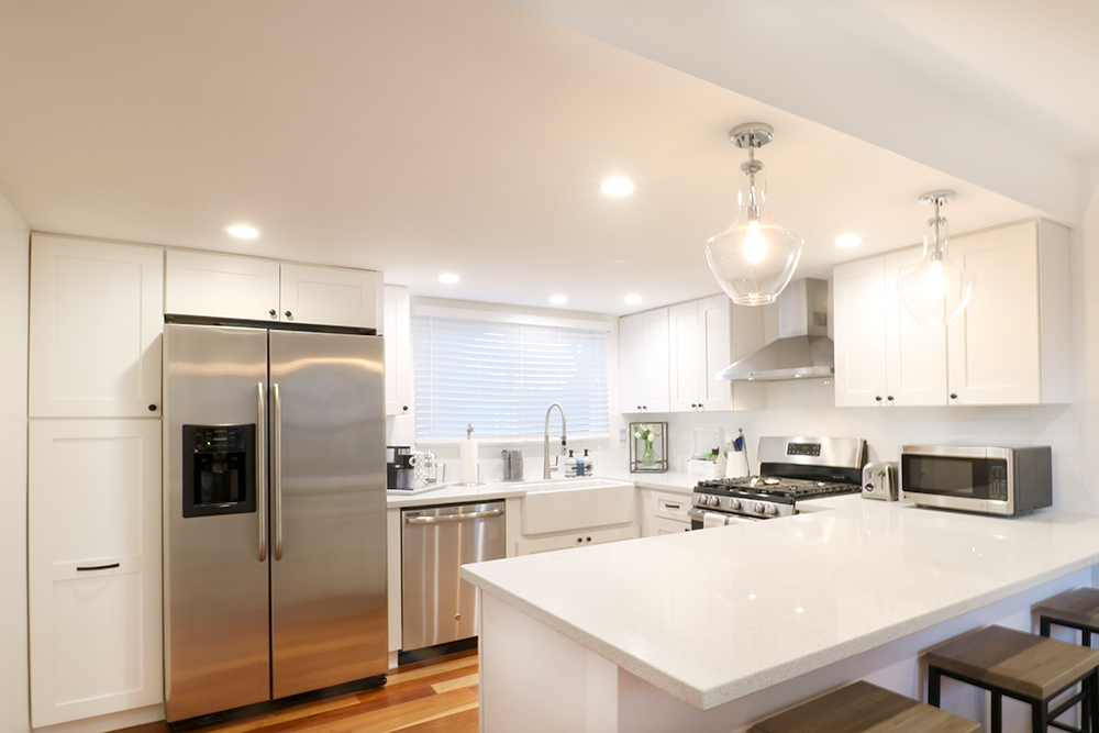 Open Kitchen White And Silver 23 Lacey Lane